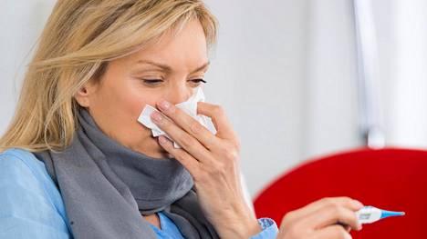 Flunssan lievitykseen on tarjolla monenlaisia itsehoitolääkkeitä.
