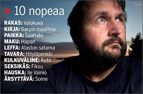 Valokuvaaja Pete Aarre-Ahtio vastasi kymmeneen nopeaan kysymykseen.
