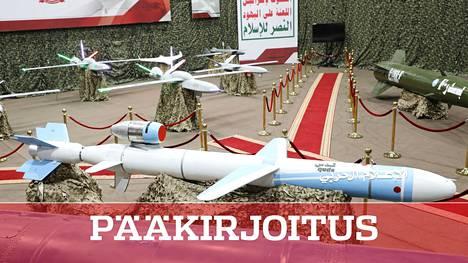 Jemenin kapinallisten asearsenaalia. Lennokit ovat osa sitä.