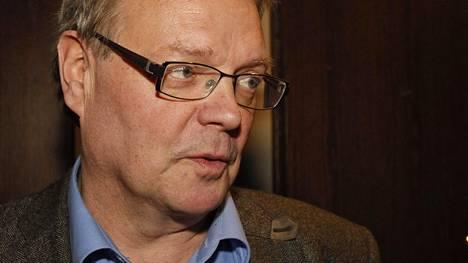 Ex-kansanedustaja Heikki A. Ollila toimii Niinistön valitsijayhdistyksen asiamiehenä.