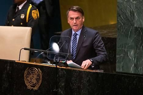 Brasilian presidentti Jair Bolsonaro syyttää Hollywood-näyttelijää Amazonin metsäpaloista.