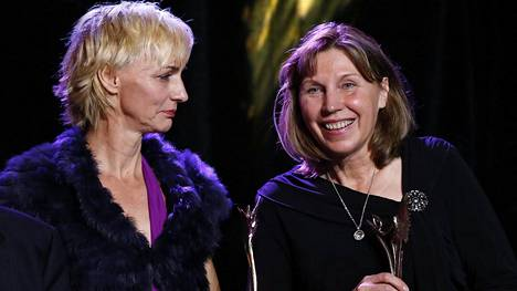Heike Drechsler ja Marita Koch IAAF:n palkintogaalassa viime vuoden lopulla.