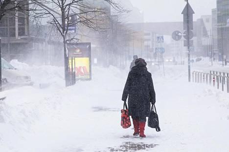 Helsingin keskustassa vaadittiin keskiviikkona sisua.