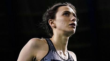 Maria Lasitskene oli totinen jo Brysselin Timanttiliigan osakilpailussa syyskuun alussa.