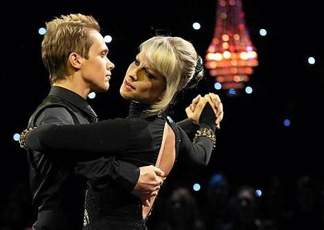 Marko Keräsen ja Laura Voutilaisen tango toi parille täydet 40 pistettä.