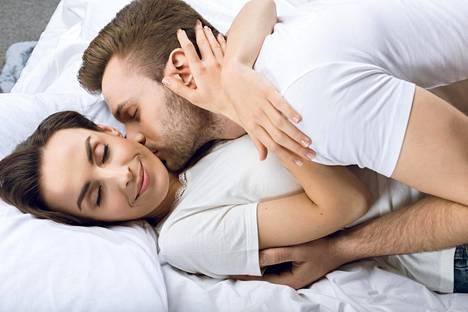 Kaikista seksiin liittyvistä tuntemuksista kannattaa puhua avoimesti oman kumppanin kanssa.