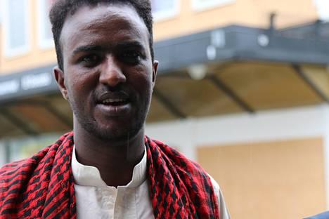 Abdullahi Ismail kertoo olevansa onnellinen Rinkebyn asukas.