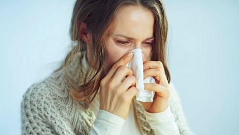 Allergikko hyötyy nenä- ja poskionteloiden huuhtelusta, sillä nenäkäytävien puhdistuessa myös keuhko-oireet usein helpottavat.