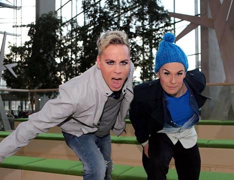 Cristal Snow ja NikoLa tekivät ToosaTV:tä ISTV:lle yli 250 jaksoa.