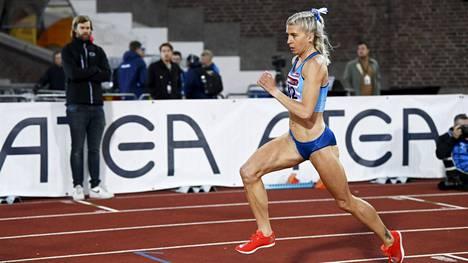 Sara Kuivisto kuvattuna Ruotsi-ottelussa Tukholmassa.