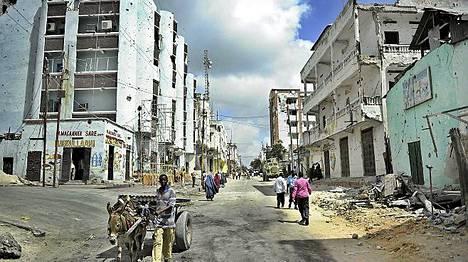 Vuosikausia jatkunut sisällissota on raunioittanut Mogadishun. Kaupunki on erittäin vaarallinen.