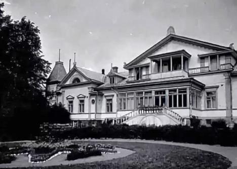 Kiiskilän kartano kukoistuksessaan 1900-luvun alkuvuosina.