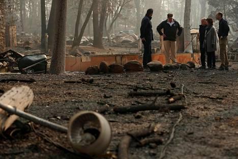 Trump on aiemmin syyttänyt paloista huonoa metsänhoitoa.