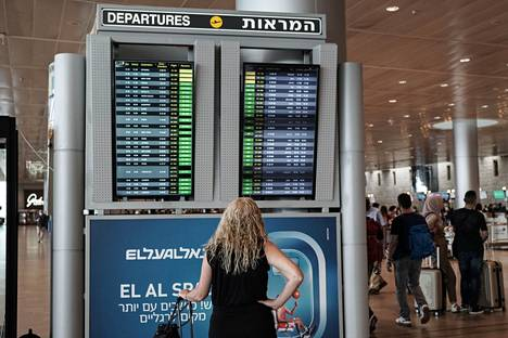 Israel on sallinut erikoisluvalla joidenkin yksittäisten turistien tulon maahan. Normaalisti Israelissa käy matkustajia ympäri vuoden.