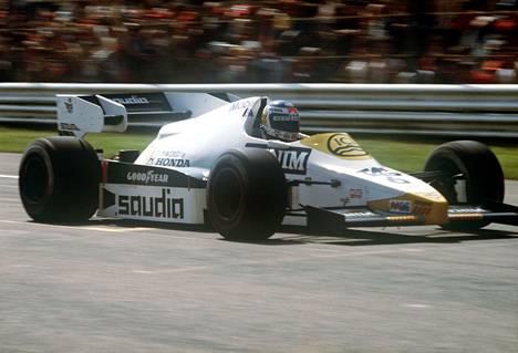 Keke Rosberg vauhdissa kaudella 1984.