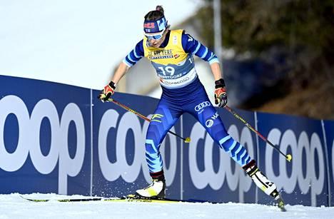 Riitta-Liisa Roponen, 42, näytti jälleen muille suomalaisille mallia, kuinka vapaalla hiihtotavalla edetään.
