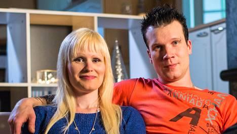 Salamarakastumisen jälkeen Hanna ja Jaakko jättivät omat puolisonsa ja päättivät olla yhdessä.
