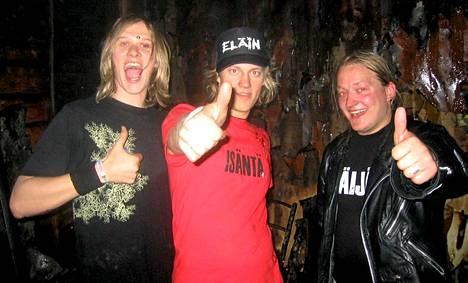 Jarno Laasala (vas.), Jukka hildén ja Jarppi Leppälä vuonna 2004.