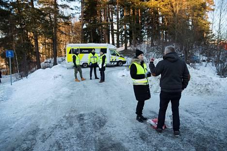 """Hagenien kotia ja sen lähistöä on kuvailtu Norjan """"tutkituimmaksi"""" rikospaikaksi. Kuva on tammikuulta 2019."""