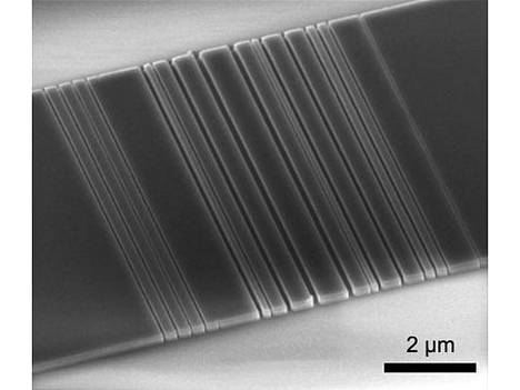 Stanfordin yliopistolla kehitetty optinen linkki on vain kahdeksan mikrometrin pituinen.