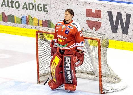 Pekka Tuokkola pääsi juhlimaan Ebelin mestaruutta.