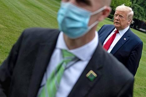 Enemmistö amerikkalaisista on sitä mieltä, että presidenttti Donald Trump on epäonnistunut koronakriisin hoidossa.