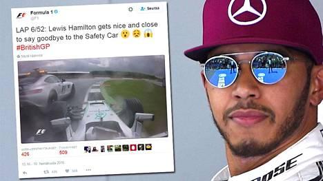 Läheltä piti: Lewis Hamilton oli törmätä turva-autoon Silverstonessa.