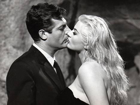 Marcello Mastroiannin kestävää tyyliä vuodelta 1960 La Dolce Vita-elokuvasta.