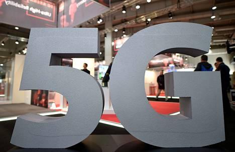 5G-verkolla tarkoitetaan huippunopeaa datayhteyttä. Sen pitäisi jopa kymmenkertaistaa nykyiset mobiilidatayhteydet.