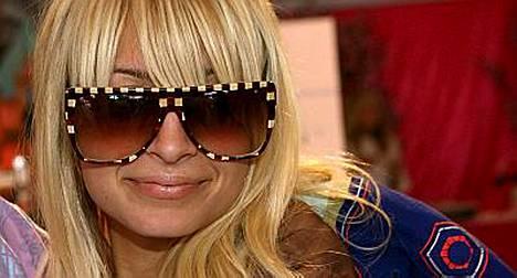 HOllywoodhuhut kertovat, että Nicole Ritchie saa perheenlisäystä.