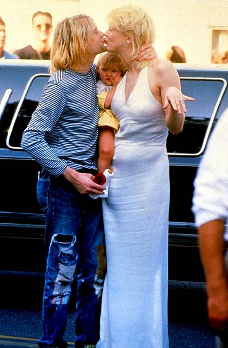 Kurt Cobain, Courtney Love ja Frances Bean Cobain vuonna 1993.