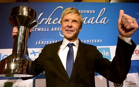 Matti Nykänen sai elämänurapalkinnon Suomen Urheilugaalassa Helsingissä, 15. tammikuuta 2013.