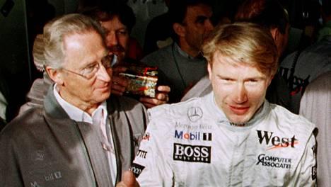 Jürgen Hubbert nautti Mika Häkkisen menestyksestä McLaren–Mercedeksellä.