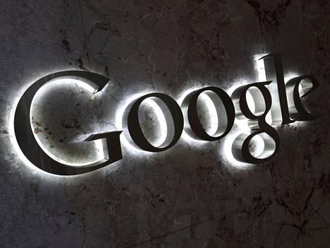 Tekoäly liittyy kiinteästi myös Googlen itsestään ajaviin autoihin.