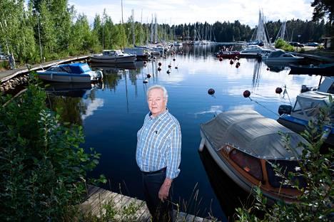 Limnologi Matti Lappalaisen tilastoanalyysin mukaan Itämeren rehevöitymistä torjuvat suuret suolavesipulssit ovat 1970-luvulta vähentyneet, minkä johdosta meren tila ei kohene.