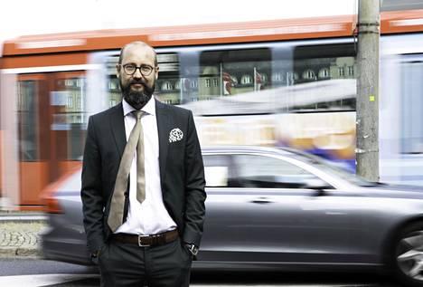 –Käytännössä kaikissa autoissa verotus laskee, sanoo Autotuojat ry:n toimitusjohtaja Tero Kallio.
