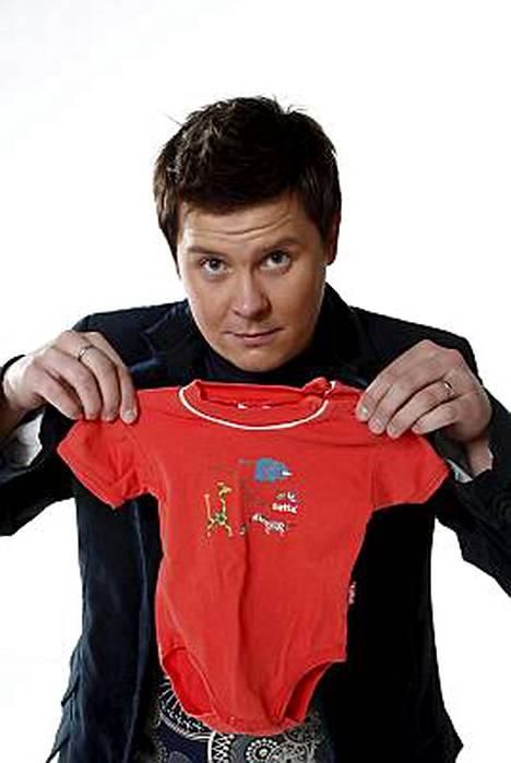 Janne Katajasta tuli tyttövauvan isä.