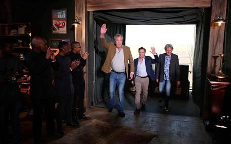 Täällä taas! BBC:ltä potkut saanut Jeremy Clarkson tähdittää nyt The Grand Touria.