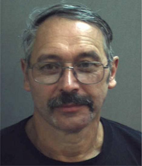 60-vuotias isoisä John William Moyer sai tiistaina tuomion pahoinpitelystä hänen kourittuaan Minni Hiireksi pukeutunutta naista Walt Disney Worldissa Floridassa.