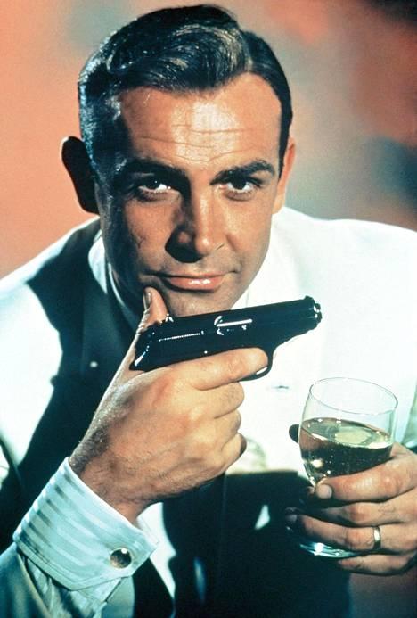 Sean Connerysta tuli James Bondin ilmentymä.