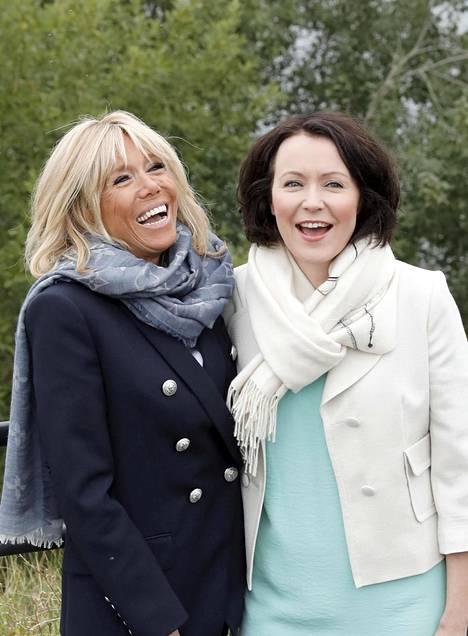 Brigitte Macron ja Jenni Haukio olivat kuin vanhat ystävykset.