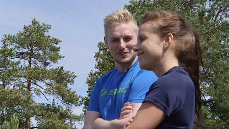 Ronin ja Tanjan yhteiselo ei alkanut sopuisissa merkeissä.