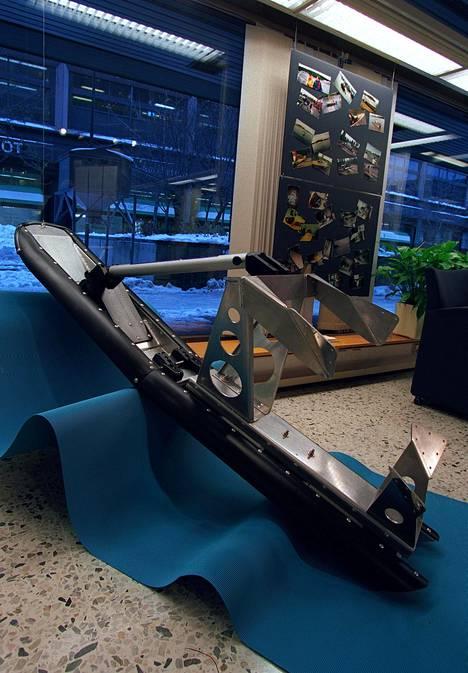 Spede kehitteli muun muassa veneen iskunvaimentajaa.