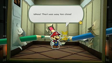 Eräässä vaiheessa pelistä alkaa löytyä kummallisia puuväripiirroksia. Syyllinen on jo turhankin lähellä tätä hissiä...