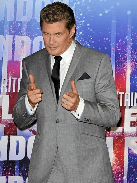 David Hasselhoff valmiina moukaroimaan Talent-tuomarina.