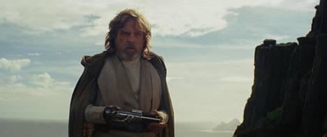 Alkuperäisissä Star Wars -seikkailuissa nähty Mark Hamill palaa jälleen Luke Skywalkerin rooliin.