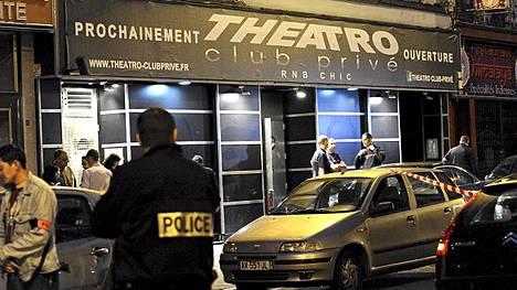 Mies ei päässyt sisään Theatro-nimiselle klubille