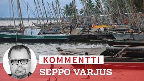 Pienessä Paquitequeten kalastussatamassa odotettiin Palmasta terroristeja paenneiden veneitä. Ei tiedetä kuinka moni menetti henkensä hyökkäyksessä.