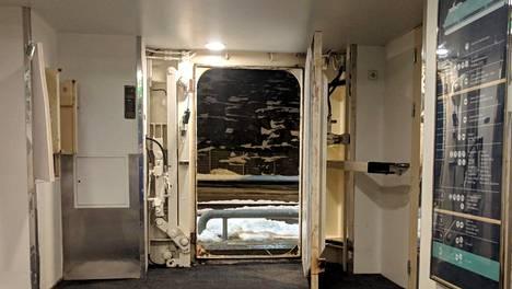 Tiesitkö? Ruotsinlaivan huomaamaton yksityiskohta oli takavuosina ravituristien onni, muuten se takaa ihmisten turvallisuuden