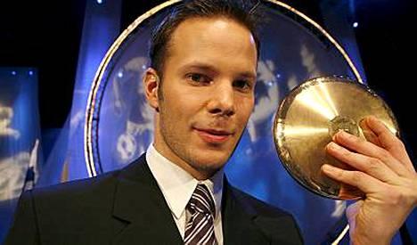 Tero Pitkämäki valittiin Suomessa vuoden urheilijaksi.